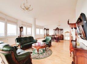 Pronájem luxusního bytu 4+kk, vel.188 m², balkon, 2 garážové stání, Praha - Stodůlky, ul. Petžílkova