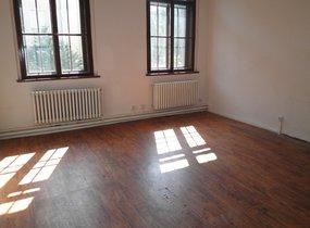 Nabízíme pronájem kanceláře, 220m² - Praha 7 - Holešovice