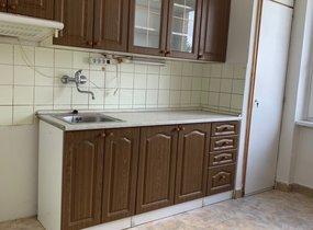Nabízíme k prodeji byt 3+1, 84m² se zděnou garáží - Praha 6 - Střešovice