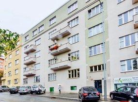 Prodej kásného bytu 1+kk o vel. 43m², s balkonem, Praha - Vinohrady, ul. Soběslavská