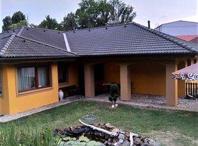 akovice dům (2)