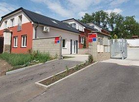 Pronájem rodinných domů, 140m, pozemek 200m2, Praha - Řeporyje, ul. Smíchovská