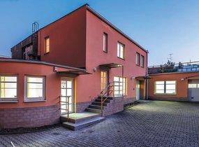 Pronájem, Samostatný objekt, 319m² - Praha - Strašnice