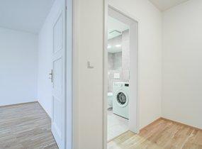 Pronájem bytu 3+kk, o vel. 76,90m² s balkonem 6,20m2,  Praha - Smíchov, ul. Kotevní