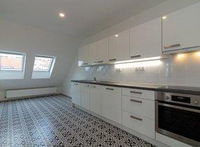 Pronájem hezkého bytu 4+kk, 233m², Praha - Vinohrady, ul. Na Švihance