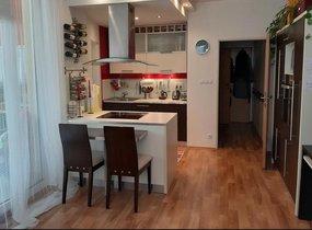 Prodej slunného zařízeného  bytu 2kk s terasou o vel. 58m²  Praha - Střížkov, ul. Zakšínská