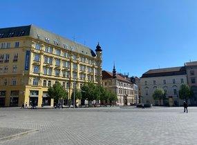 Pronájem, Obchodní prostory, 467m² - Brno-město