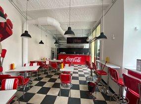 Pronájem zařízené restaurace v pěší zóně (cca 125m²)