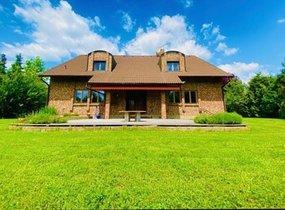 Prodej luxusního rodinného domu o vel. 360 m², pozemek o vel. 1 473 m²
