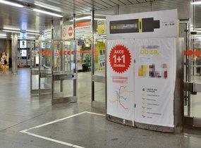 Pultový prodej - metro Hradčanská