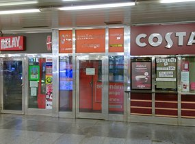 Obchod - metro Hradčanská, 11m2