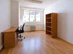 Čistá kancelář 15 m2, v centru Prahy