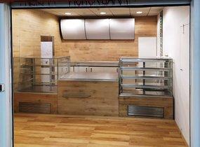 Obchodní prostor - metro Florenc, 19 m2 - pečivo, lahůdky