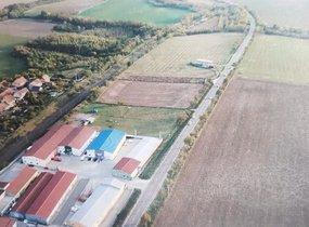 Pozemky pro komerční výstavbu,  od 8851 m² - Holasice