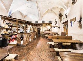 Pronájem restaurace v pěší zóně (270,85 m²)