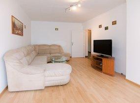 Pronájem bytu 3+1 s lodžií a sklepem, 77 m² - Praha - Řepy