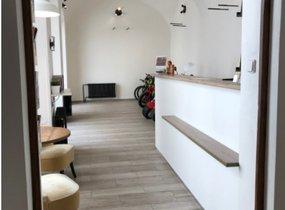 Pronájem kavárny v centru Prahy 1 na hlavní turistické tepně 70m² -