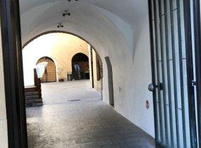 Pronájem obchodní prostory v centru Prahy 1 na hlavní turistické tepně 77m² -