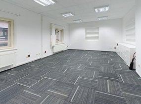 Reprezentativní kancelář 79 m2, s vlastním zázemím