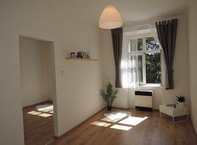 Krásný byt po rekonstrukci 2+kk, 37m2, Praha 4 Braník