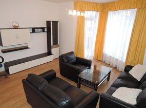 Pronájem hezkého bytu 2+kk/B, 49m2 s parkovacím stáním v ceně nájmu, Praha 9