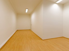 Kancelář 24 m2 v centru Prahy, možnost parkování