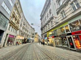 Pronájem obchodních prostor v pěší zóně (cca 35 m²)