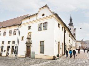 Pronájem, obchodní jednotky 37,01 m2 s kancelářemi a zázemím 82,99 m2 - celkem 120 m2, Brno - střed