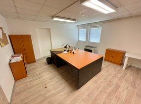 Pronájem kanceláře vč. parkování přímo u budovy (cca 71,5 m²)
