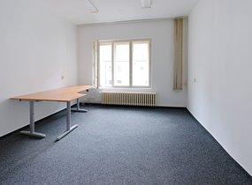 Kancelář 18 m2, v centru Prahy, možnost parkování