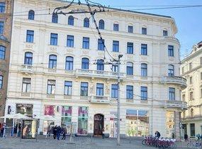Pronájem samostatného neprůchozího pokoje v bytě 2+1, 94 m2  v centru Brna