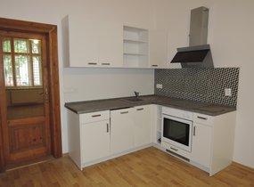 Příjemný byt po rekonstrukci 2+kk, 50m2, Praha 8 Karlín