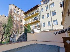 Částečně zařízený byt 1+1, Košíře, 38 m2