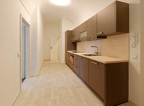 Nezařízený byt 3+kk v centru Prahy, 90 m2