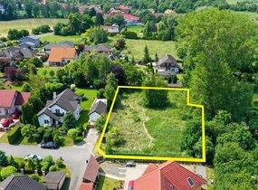 Prodej pozemku pro výstavbu rodinného domu v obci Křenice, okr. Praha - východ