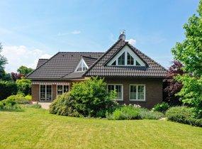 Prodej rodinného domu , 203m² , pozemek 926 m2- Křenice, Praha-východ