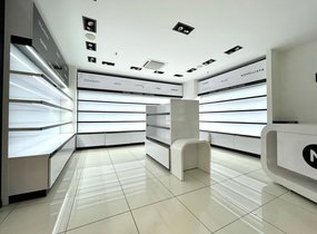 Pronájem obchodních prostor v nákupním centru (cca 108 m²)