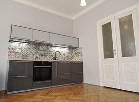 Pronájem krásného bytu po rekonstrukci, 2+kk, 57m2, Praha 5 Košíře