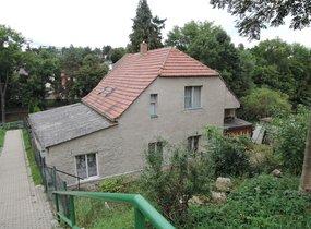 Prodej RD na pozemku 862m2, Praha 6 Lysolaje
