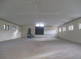 Prodej výrobně skladového areálu s pozemky  23.079 m2 Znojmo