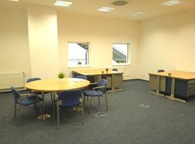 K pronájmu nabízíme reprezentativní kanceláře o velikosti 81m2 v Praze 5
