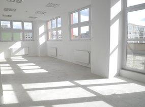 Pronájem reprezentativní kanceláře o velikosti 77m2 na Praze 5