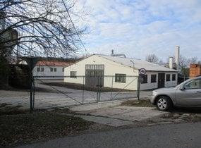 Prodej areálu pro průmysl a skladování s pozemky 23 079m2 Znojmo