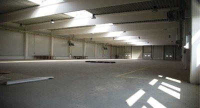 Skladová/výrobní hala 1480m2 k prodeji, Jičín