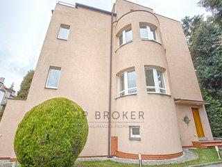 Prodej, Rodinné domy, 329m² - Praha - Smíchov