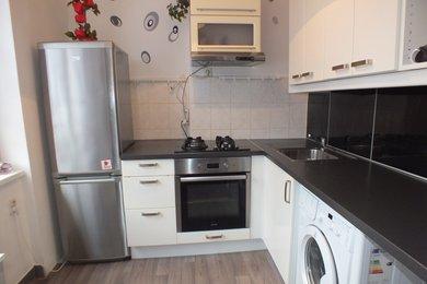Pronájem bytové jednotky o dispozici 3+1 v Krnově na ulici Maxima Gorkého, Ev.č.: 00098
