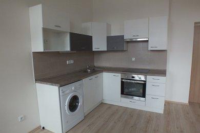Pronájem bytové jednotky o dispozici 2+kk v Krnově na ulici Albrechtická, Ev.č.: 00104