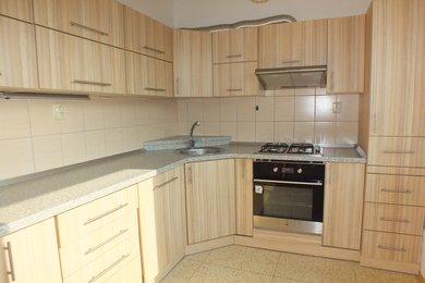 Pronájem bytové jednotky o dispozici 2+1 v Krnově na ulici SPC E, Ev.č.: 00108