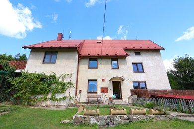 Prodej rodinného nebo bytového domu v Krnově na Ježníku, Ev.č.: 00130