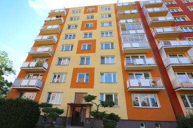 Prodej bytové jednotky o dispozici 2+1 v osobním vlastnictví v Krnově SPC G, Ev.č.: 00043